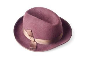 chapéu de feltro feminino isolado no fundo branco foto