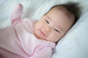 bebê fechado foto