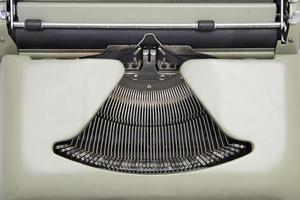 máquina de escrever de perto foto