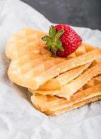 waffles com morango foto