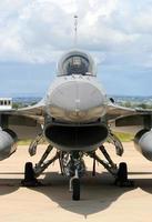 Falcão de combate f-16 foto