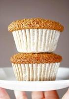 muffins de farelo caseiro foto
