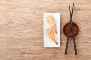 sushi de camarão foto