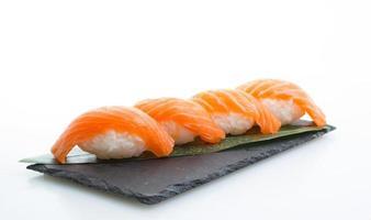 Nigiri sushi de salmão foto