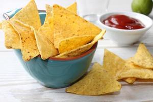 nachos com molho foto