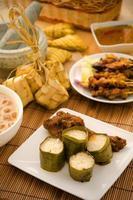 malaio hari raya alimentos lemang foto