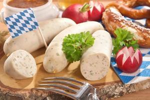 café da manhã salsicha de vitela bávara foto