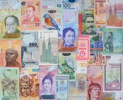 dinheiro dos diferentes países.