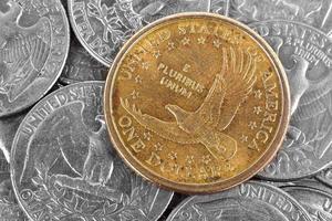 um dólar