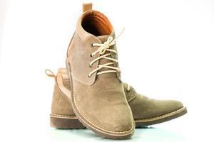 sapatos de moda marrom homem isolados no fundo branco