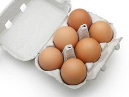 ovos na embalagem foto