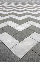 pavimentação em mármore zig zag