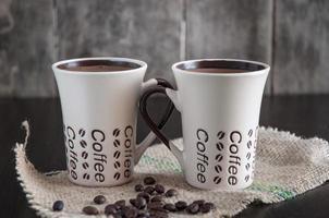 duas xícaras de café foto