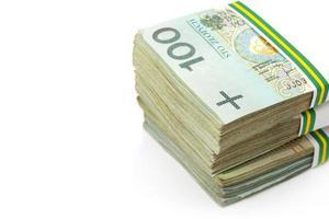 pilha de notas de zloty polonês foto