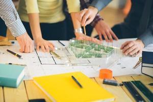 close-up de um trabalhadores no escritório de design