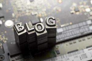 social media & blog icon por letterpress