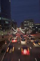 tráfego noturno foto