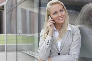 mulher de negócios feliz foto