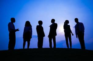 reunião de negócios ao ar livre foto