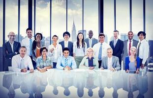 equipe de diversidade de pessoas de negócios foto