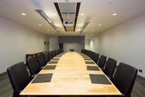 sala de reuniões do escritório moderno foto