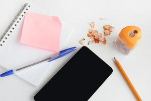 notebook telefone smartphone escritório de negócios foto