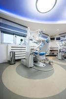 interior do escritório do dentista foto