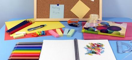mesa de escritório foto