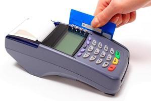 pagar com cartão de crédito, conceito de finanças foto