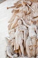 decoração de escultura do arco do triunfo em paris foto