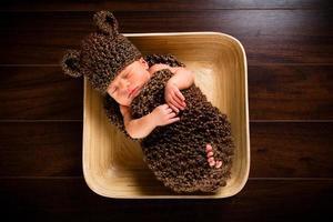 bebê recém-nascido foto