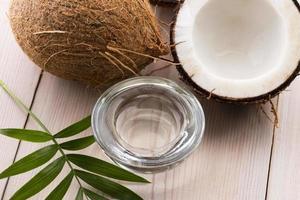 coco e água de coco foto