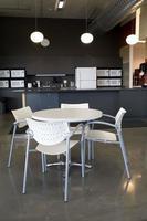 escritório cafeteria e cozinha. foto