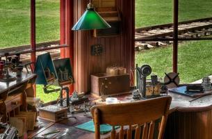 espaço de trabalho de rádio / telégrafo de estação ferroviária