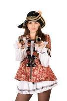 mulher bonita com armas vestidas de piratas foto