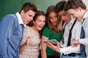 estudantes surpresos foto