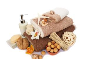 conjunto de toalhas e spa foto
