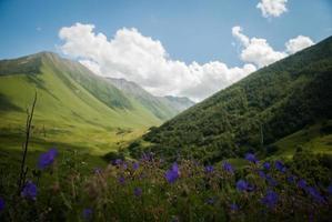 montanhas caucasianas foto