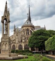 paris - catedral de notre dame foto