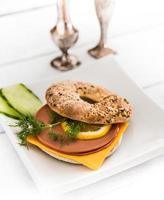 sanduíche de bagel foto