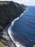 praia ponta da marquesa, oceano atlântico, ilha oriental de s.miguel, açores foto