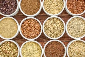 Resumo de grãos saudáveis e sem glúten foto