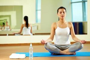 exercício de yoga foto