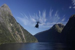 helicóptero sobre os sons.