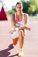 retrato de mulher jovem e bonita atlético foto
