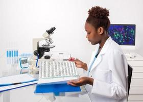 biólogo afro-americano foto