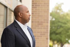 homem afro-americano maduro foto