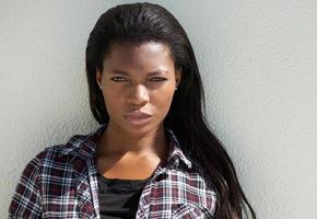 lindo rosto de modelo de moda americano africano