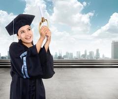 graduação mulher asiática