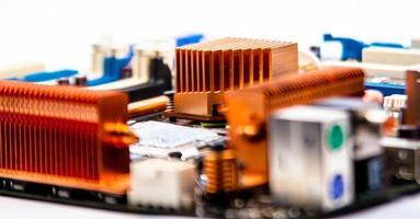 placa de circuito com radiadores de cobre foto